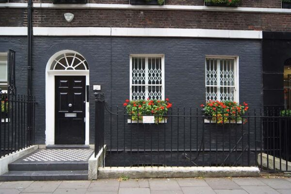 8 - 9 Percy Street Office Space